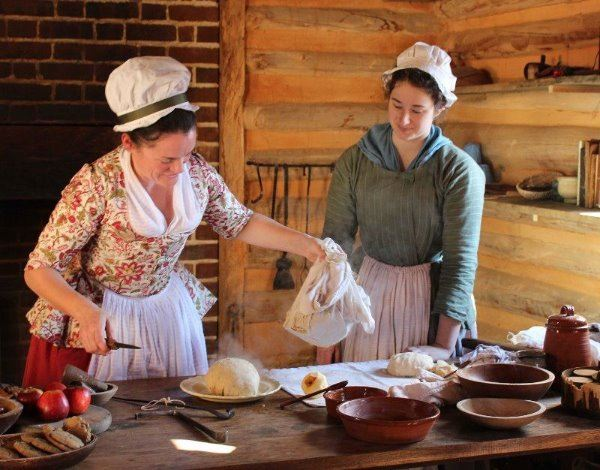 Christmastide in Virginia Option at the American Revolutoin Museum at Yorktown