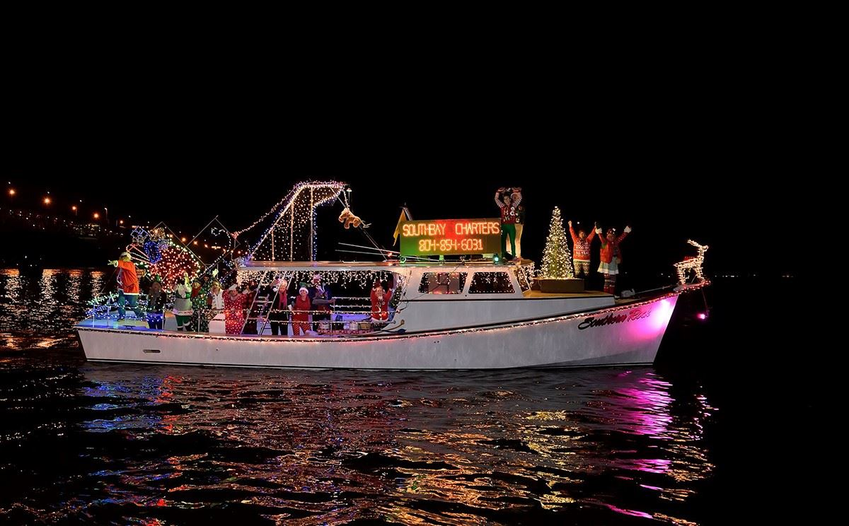 Southbay Charters Best in Show Lighted Boat Parde 2017 2m