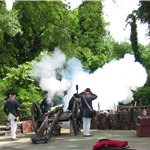 Am Rev Museum at Yorktown - camp artillery firing