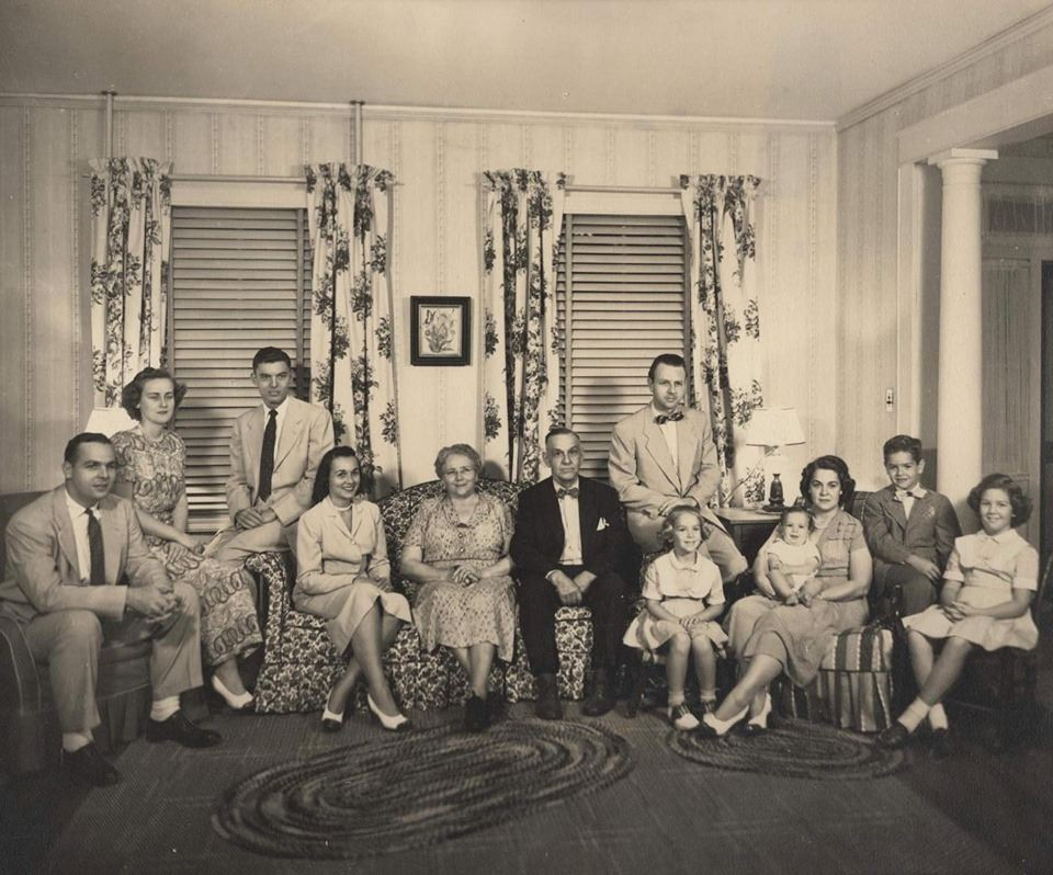 Rosalie Francisco Barret and family (1)