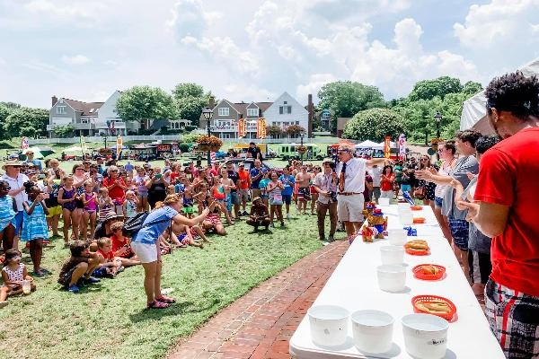 Fourth of July hot dog eating contest