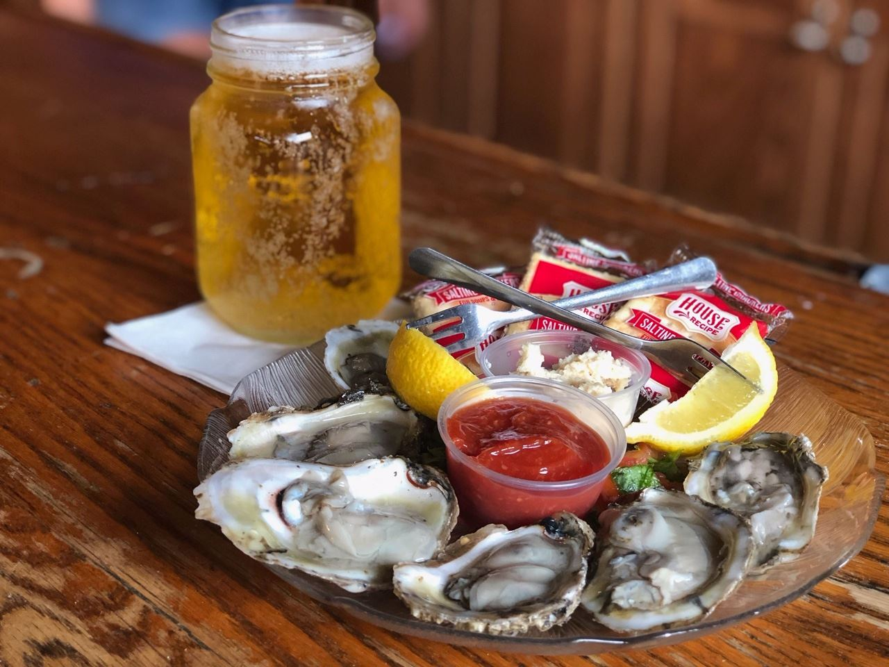 Yorktown Pub Oysters and Beer