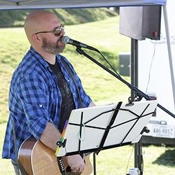 Market Days Entertainment - Phil Poteat